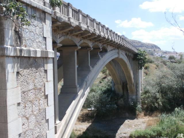 Pizarra Bridge