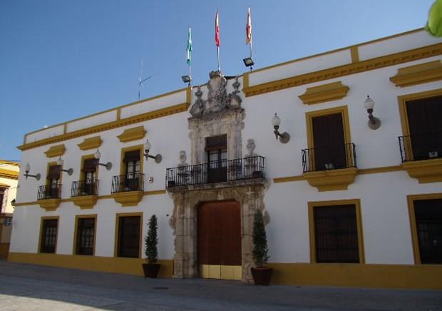 Ayuntamiento de utrera antiguo palacio de vistahermosa de for Alquiler de casas en utrera sevilla
