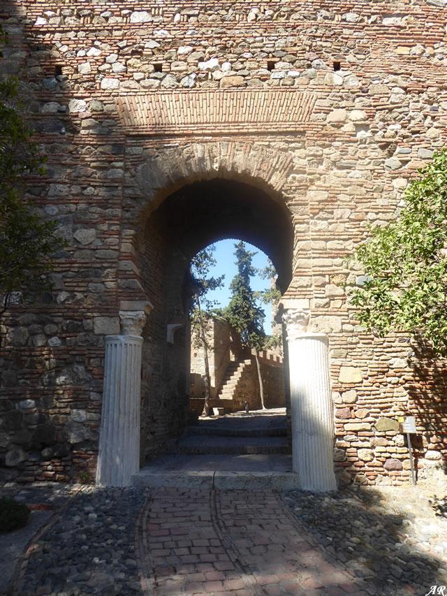 Puerta de las Columnas - Alcazaba de Málaga