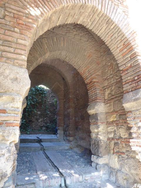 Puerta de los Cuartos de Granada - Alcazaba de Málaga