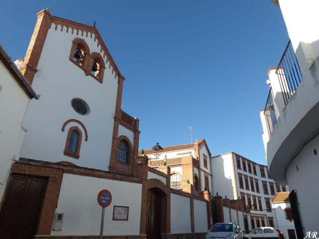 "Antiguo Palacio de Moctezuma / Residencia para Mayores ""Glorieta de San José"""