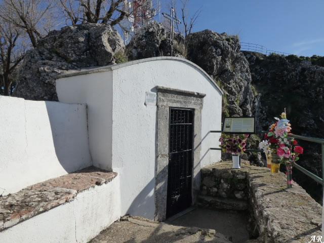 Cueva de la Aparición de la Santísima Virgen de la Sierra