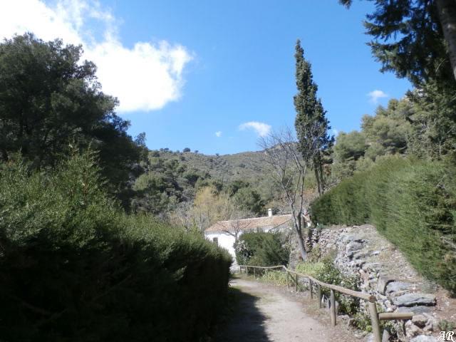 Canillas de Albaida - La Fábrica de la Luz (Zona de Acampada Controlada) Parque Natural Sierras de Tejeda, Almijara y Alhama