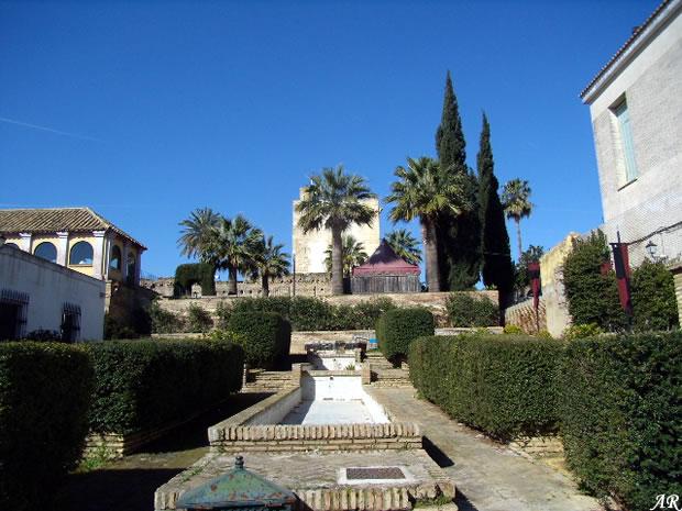Castillo de utrera fortaleza rabe en la localidad de utrera for Alquiler de casas en utrera sevilla