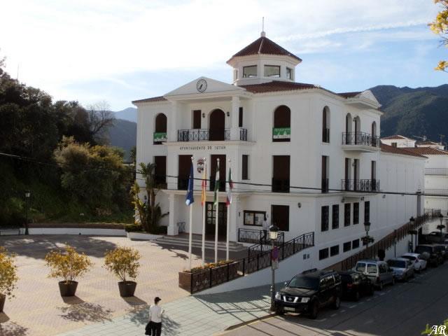 Istán Town Hall