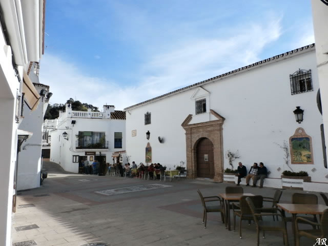 Church Square - Istán