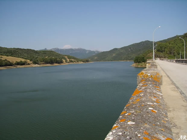 Los Hurones Gravity Dam & Reservoir