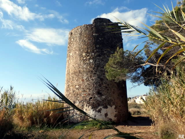Torre Almenara del Velerín - Torre del Velerín - Torre Vigía Estepona