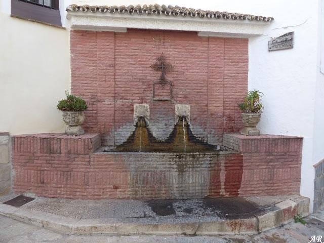 Pilar de Calle Nueva - Yunquera