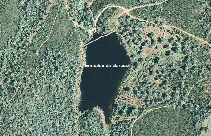 Presa del Embalse de Garciaz - Los Maruelos Dam and Reservoir