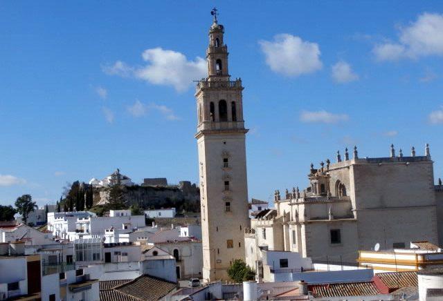 Lebrija iglesia de santa mar a de la oliva for Alquiler de casas en lebrija sevilla