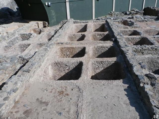 Piletas de Salazón - Factoría de Salazones El Majuelo - Almuñécar