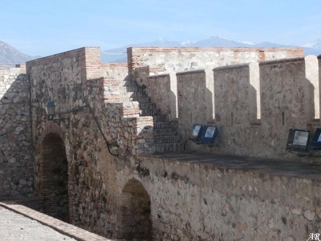 castillo-de-salobreña-puerta-principal-interior