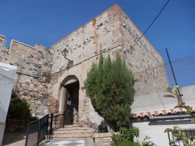 Puerta Principal del Castillo de Salobreña