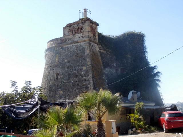 Torre de Moya - Vélez-Málaga