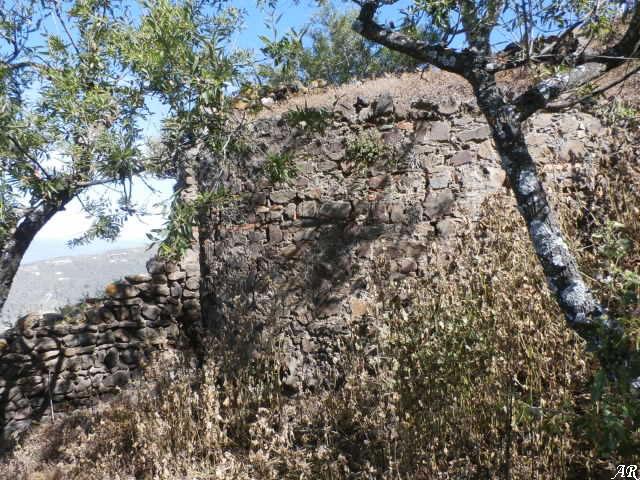 Castillo de Bentomiz - Castillo Bentomiz - Arenas