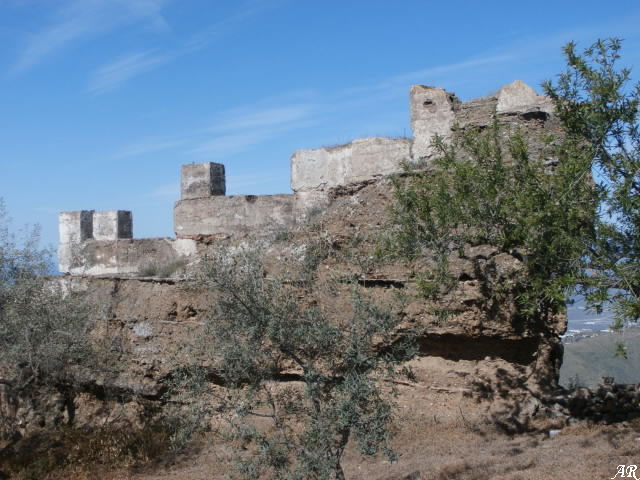 Bentomiz Castle and Bentomiz Fortress in Arenas