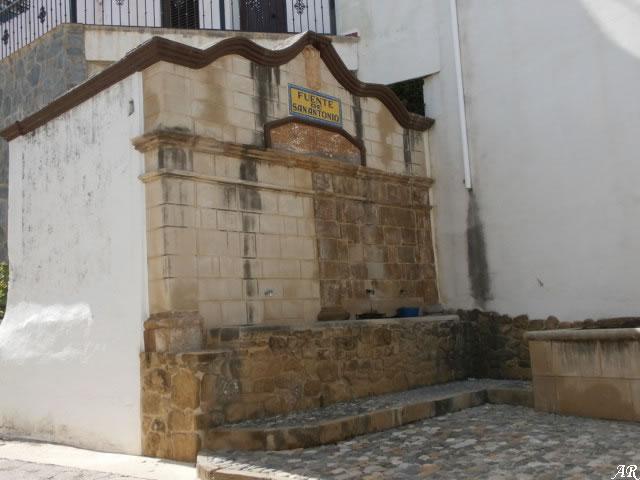 Algatocín - Fuente de San Antonio