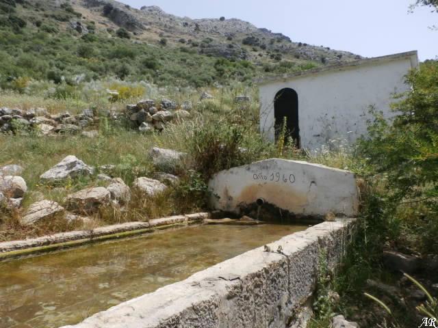 Fuente del Pilar de Cortes el Viejo - Abrevadero