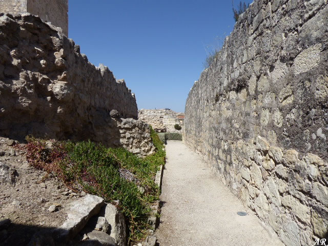 Monturque Castle - Walls