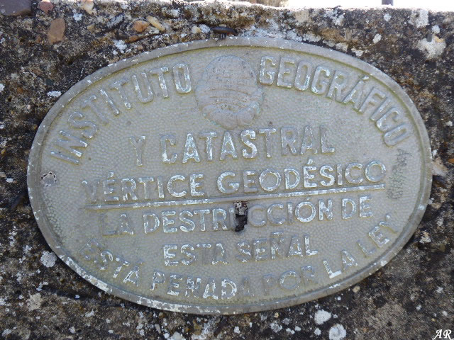 Instituto Geográfico y Catastral - Vértice Geodésico