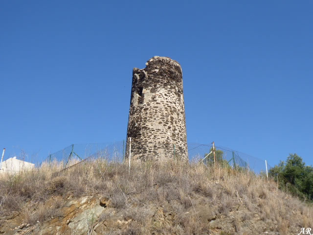 Torre Quebrada Watchtower - Benalmádena