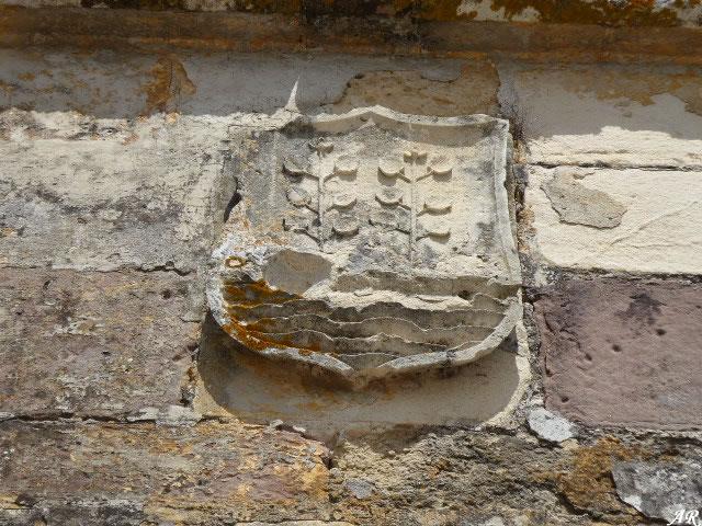 Escudo del Castillo de Gigonza