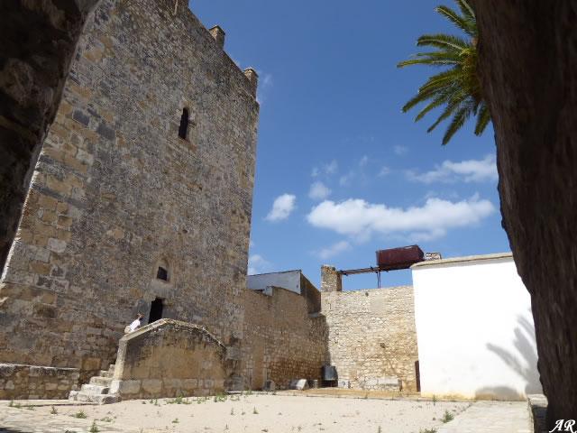 Patio de Armas del Castillo de Gigonza