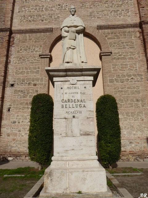 Escultura del Cardenal Belluga - Iglesia de Nuestra Señora de la Encarnación de Motril